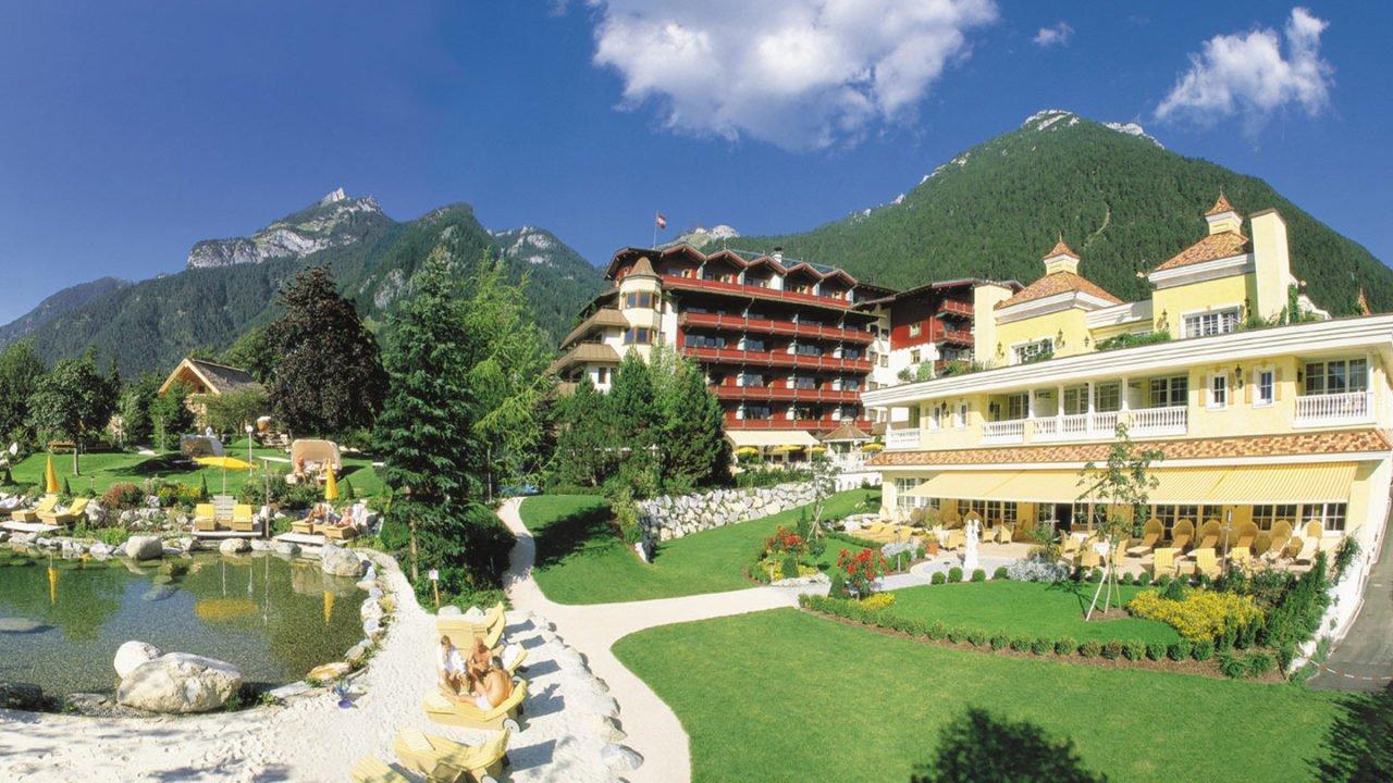 Sport- & Wellnessresidenz Alpenrose